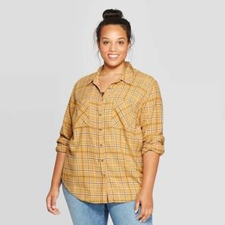Universal Thread Women's Plus Size Plaid Long Sleeve Collared Flannel Shirt - Universal ThreadTM Gold
