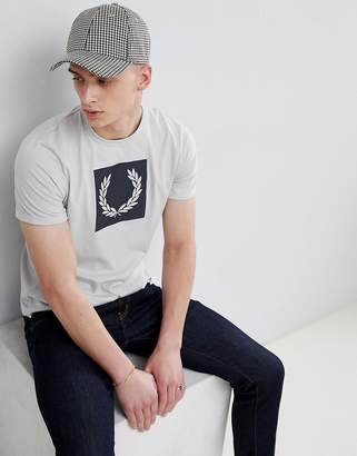 Fred Perry print t-shirt in gray
