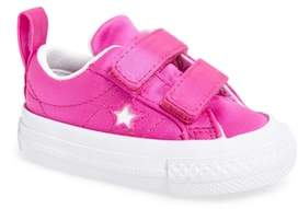 Converse One Star Satin 2V Low Top Sneaker