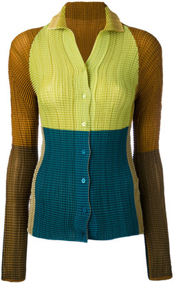 open collar plissé shirt