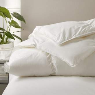 The White Company Deluxe Down Alternative Duvet - Light