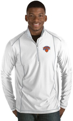 Antigua Men's New York Knicks Tempo Quarter-Zip Pullover