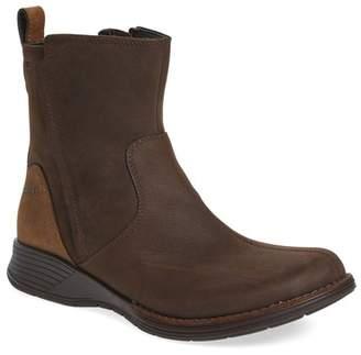 Merrell Travvy Waterproof Leather Low Zip Boot