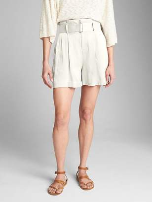 "Gap High Rise 3.5"" Drapey Shorts with Belt"