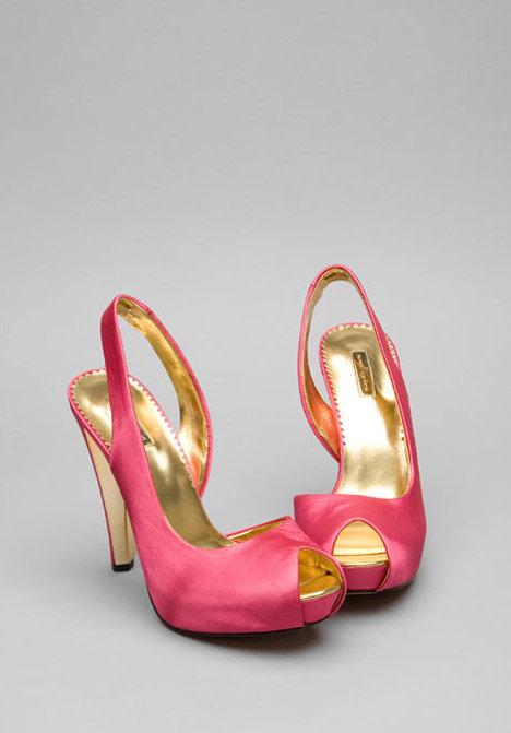 Report Signature Gala Shoes