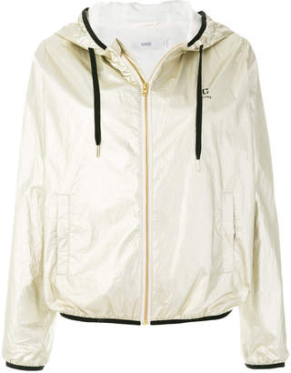 Closed hooded jacket