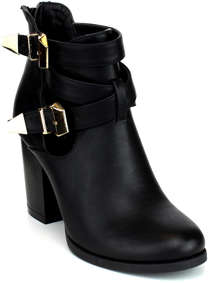 Black Double-Buckle Avenue Boot $49.99 thestylecure.com