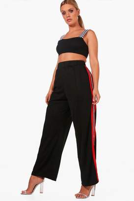 boohoo Plus Woven Slouchy Track Pant
