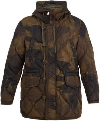 Moncler Gaillon camouflage-print quilted down parka