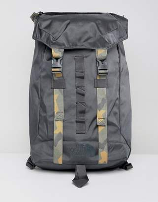 The North Face Lineage Backpack 23 Litres in Black