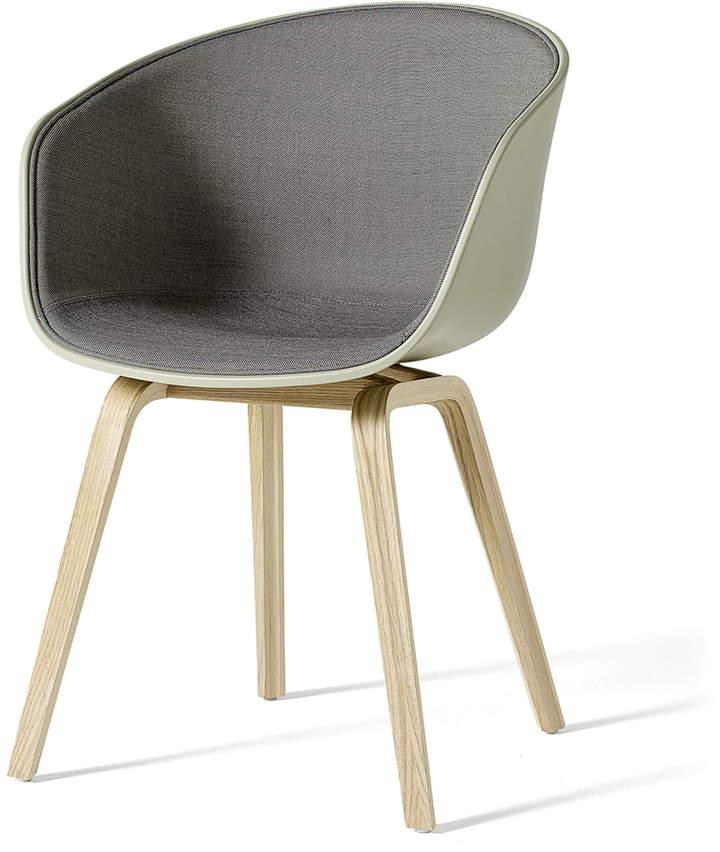 Hay – About A Chair AAC 22, Holz-Vierbeingestell (Eiche geseift), Sitzschale Pastellgrün / Innenpolsterung Surface 240 (EU)