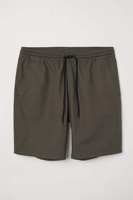 H&M Textured-weave Cotton Shorts - Green