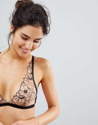 New Look Outline Embroidery Bralet