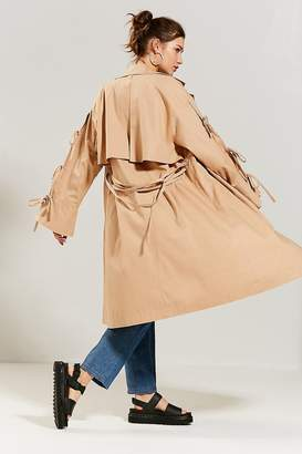 Eyeye Bow-Tie Trench Coat