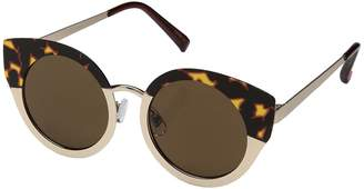 Betsey Johnson BJ485105 Fashion Sunglasses