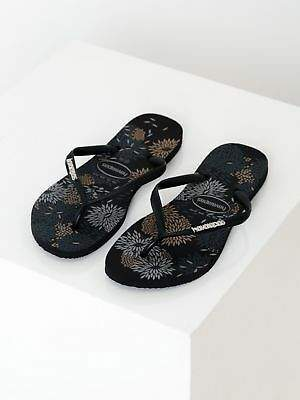 Havaianas New Womens Slim Metal Logo Thongs In Blossom Print Thongs
