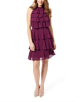 Review Theatre Dress