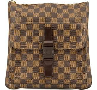 137f29ffe720 ... Louis Vuitton Damier Ebene Pochette Melville (3952031)