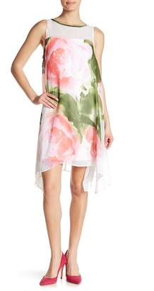 Robbie Bee Sleeveless Floral Shift Dress