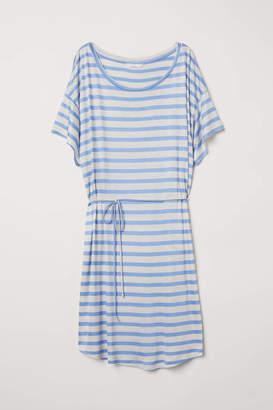 H&M T-shirt Dress with Tie Belt - Dark blue - Women