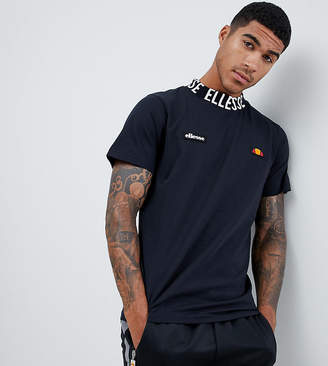Ellesse T-Shirt With Repeat Logo Neckline In Black