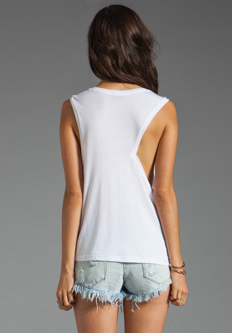 Funktional Geometric Loose Cut Out Tank