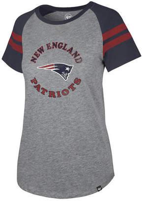 '47 Women New England Patriots Flyout Raglan T-Shirt