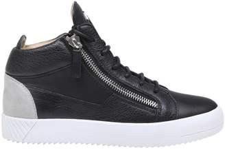 Giuseppe Zanotti Kriss Spot Sneakers In Black Leather