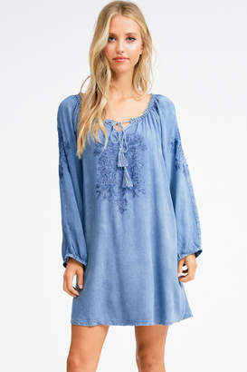 Montrez EMBROIDERED BOHO SUNDRESS