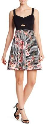 GUESS Scuba Fit & Flare Floral Print Skirt Dress