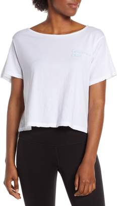 good hYOUman Payton Chill Crop Tee
