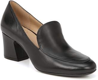 Naturalizer Dany Loafer Pump