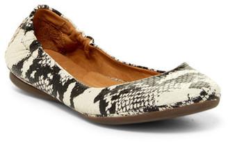 Peter Millar Anaconda Embossed Leather Ballet Flat $199.50 thestylecure.com