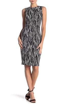 Modern American Designer Sticks Sleeveless Sheath Dress