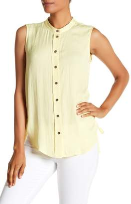 Vince Camuto Mock Neck Sleeveless Blouse