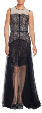 Nha Khanh Lace Sleeveless Gown