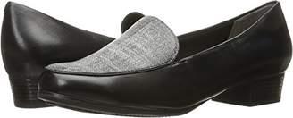 Trotters Women's Monarch Slip-On Loafer