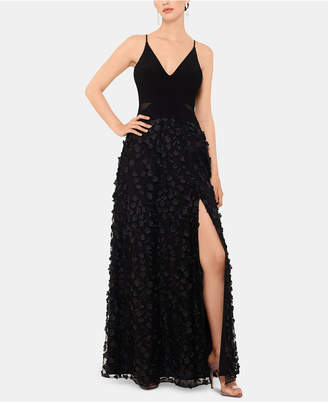 Xscape Evenings Petite Sleeveless Floral-Textured Gown