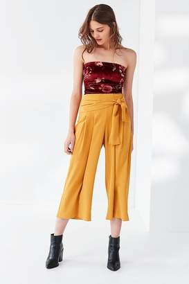 Moon River Pleated Tie Pant