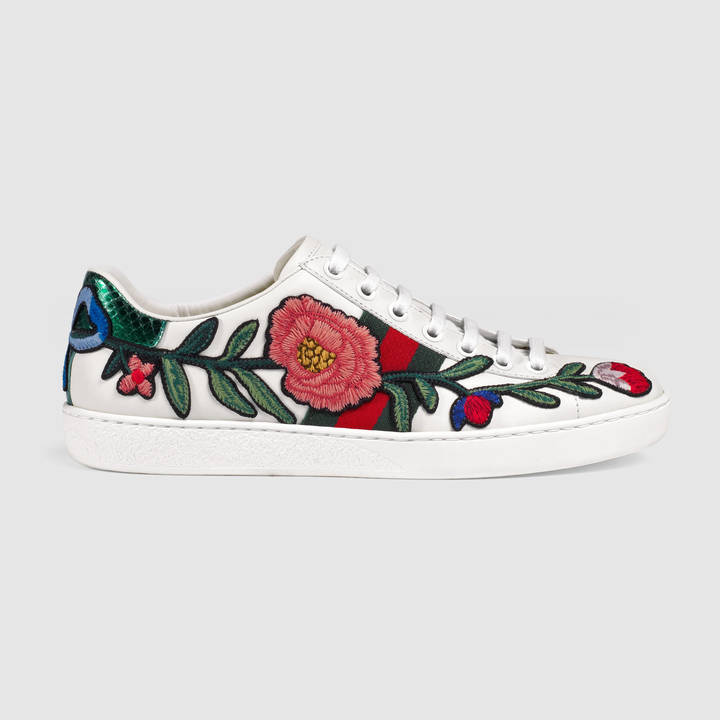 Ace embroidered low-top sneaker 3