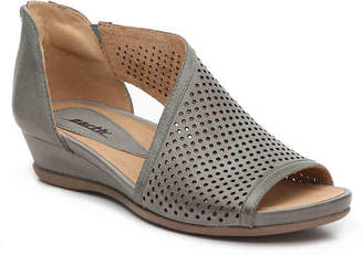 Earth Venus Wedge Sandal - Women's