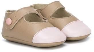 Pépé tone-tone crib shoes