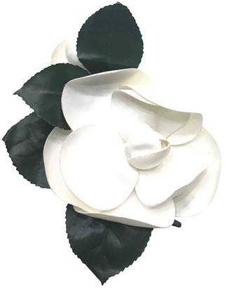 Chanel Vintage Camelia White Metal Pins & brooches