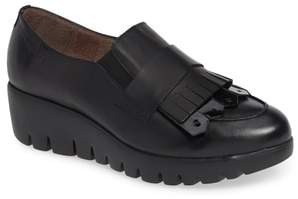 Wonders Kiltie Wedge Loafer