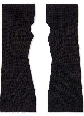 Madeleine Thompson Phoebe Ribbed Wool And Cashmere-blend Arm Warmers