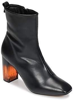 KG by Kurt Geiger STRUT women's Low Ankle Boots in Black