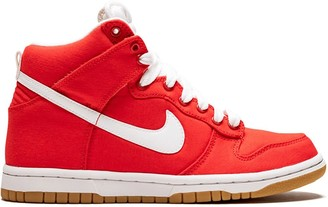 Nike WMNS Dunk High sneakers