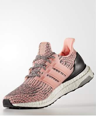 adidas UltraBOOST - Pink
