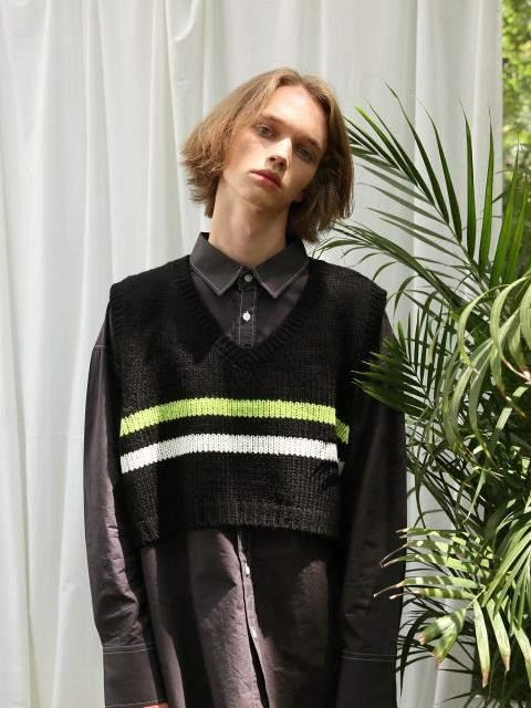 [UNISEX]Stripe Crop Knit Vest Black