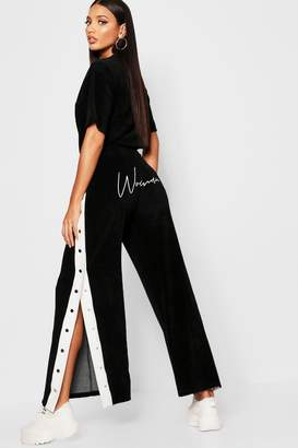 boohoo Velour Woman Embroidered Wide Leg Pants